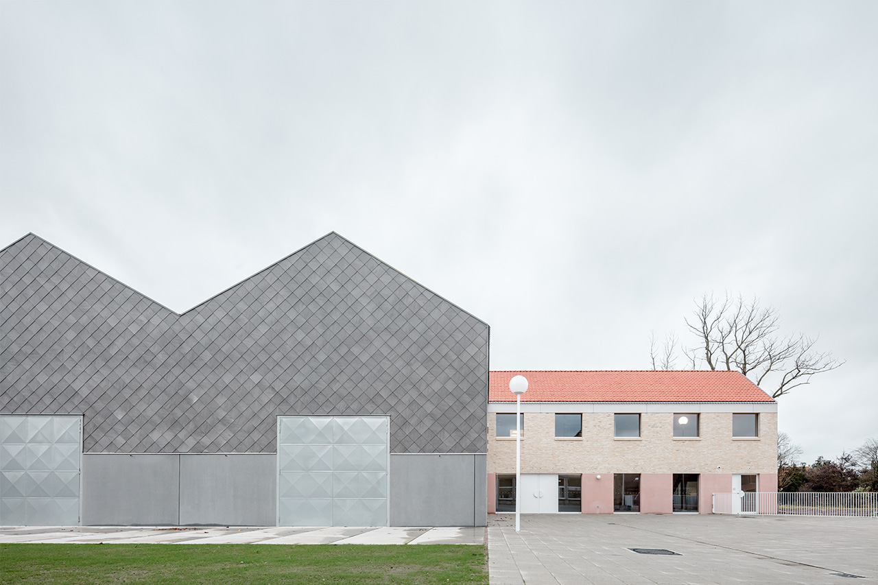 Elementary School, Zarren